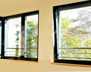 Kunststofffenster reinigen  Kunststofffenster reinigen: so pflegen Sie Fenster